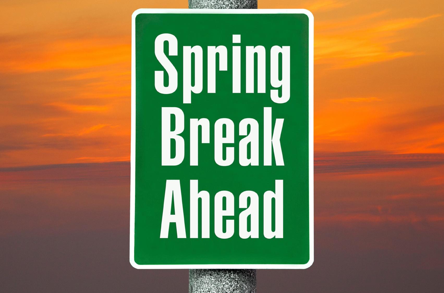 Spring-Break-Ahead-000078827555_Medium.jpg