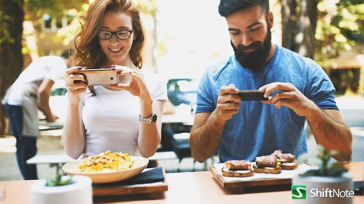 restaurant experts to follow Aug 2017 HS.jpg